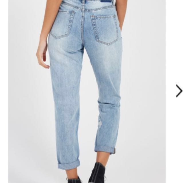 High waisted Ripped boyfriend jeans - size 8