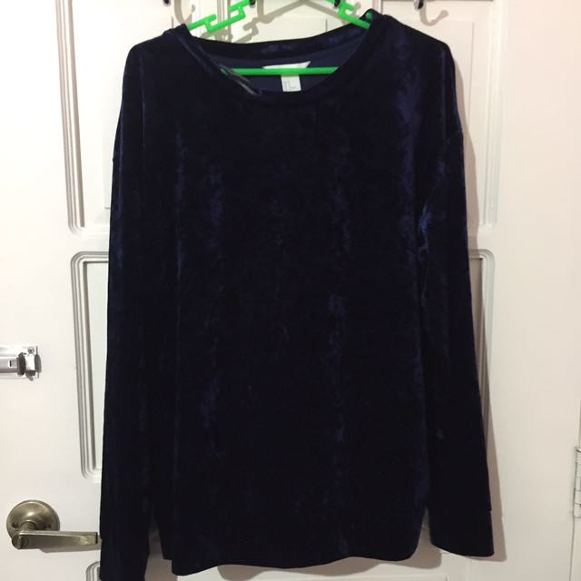 h&m oversized velvet sweater