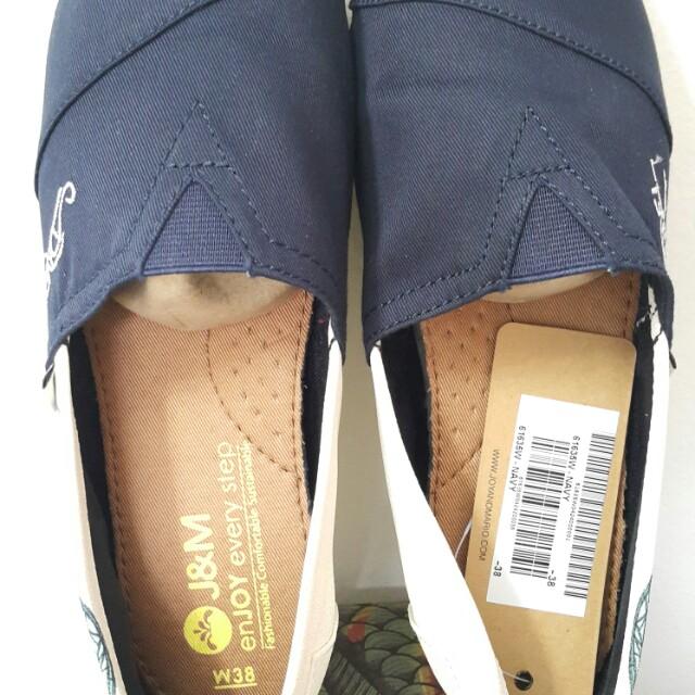a99afdc0f037 Joy   Mario Shoes!!
