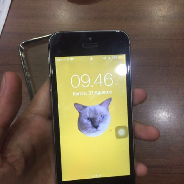 JUAL CEPAT iphone 5s 16 GB (SOLD)