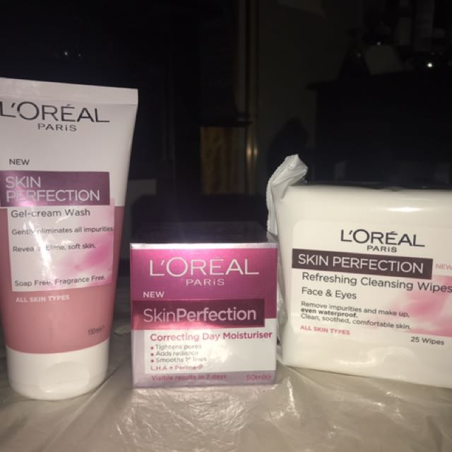 L'Oréal perfection face cream, cleanser and wipes