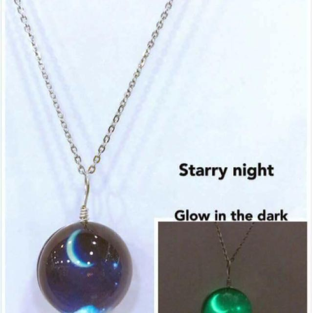 Moon necklace :)