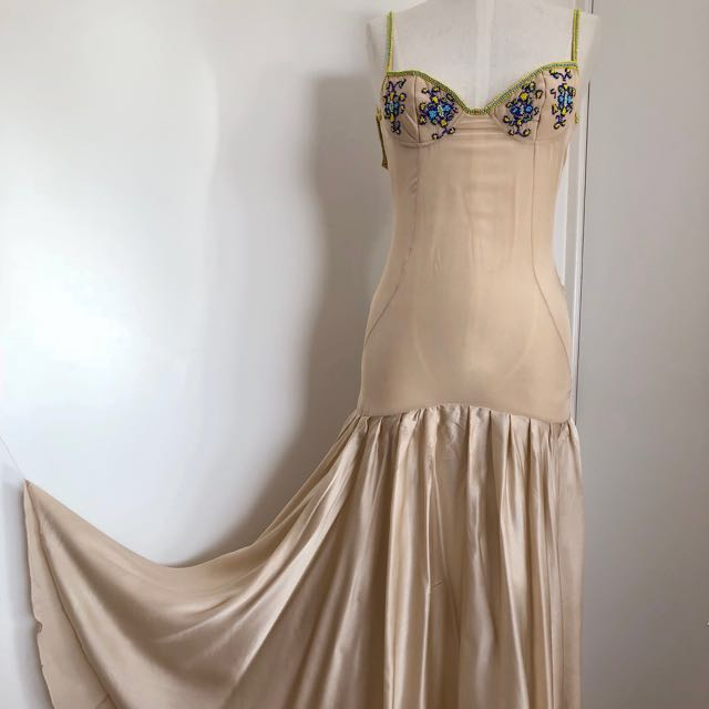 Nicola Finetti designer 100% silk maxi dress size 8 sheer and satin cream beige drop waist