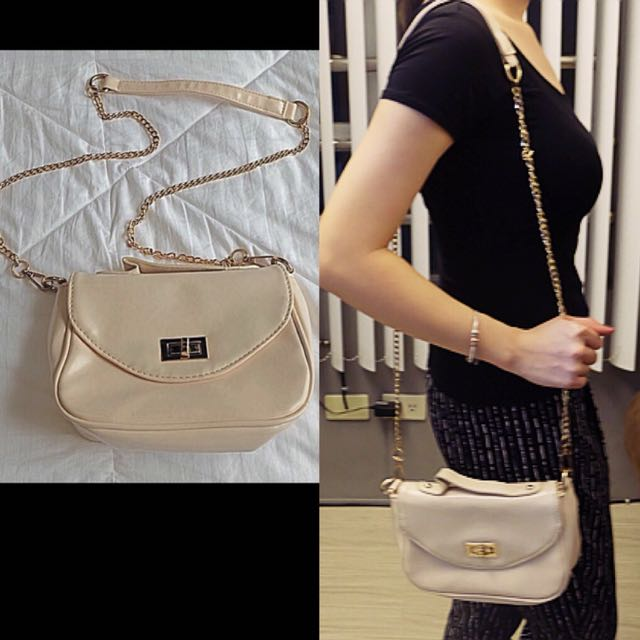 Parisian Off The Chain Sling Bag Preloved Women S Fashion Bags Wallets On Carou
