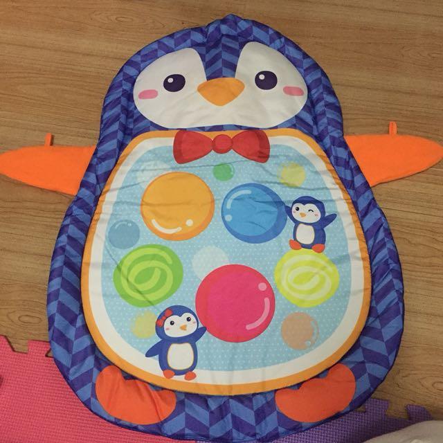 Penguin tummy play mat