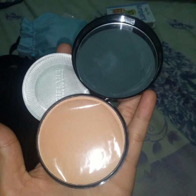 BARU Pure Color Pressed Powder Light