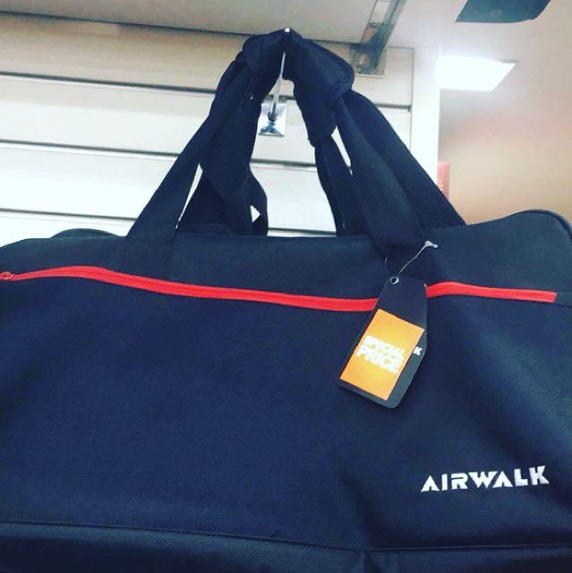 REEBOK, AIRWALK BAGS