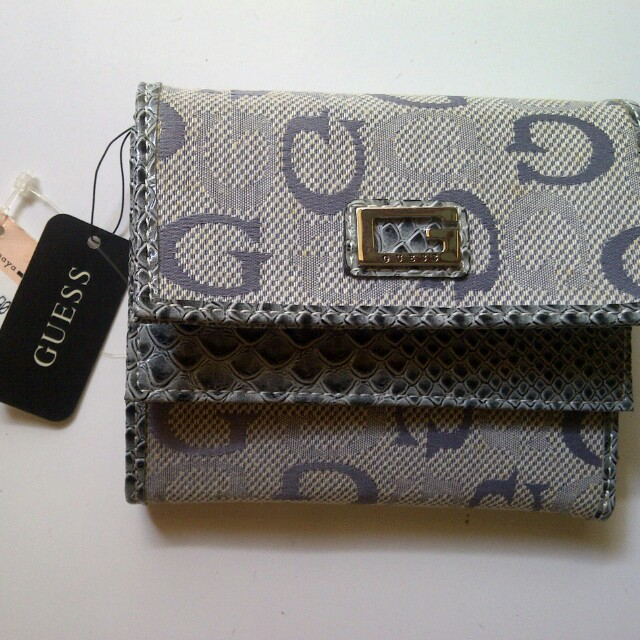 Reprice. Guess Wallet Python Slg