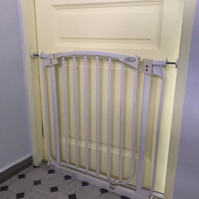 Safety Gate Dream Baby Brand Furniture Others On Carousell