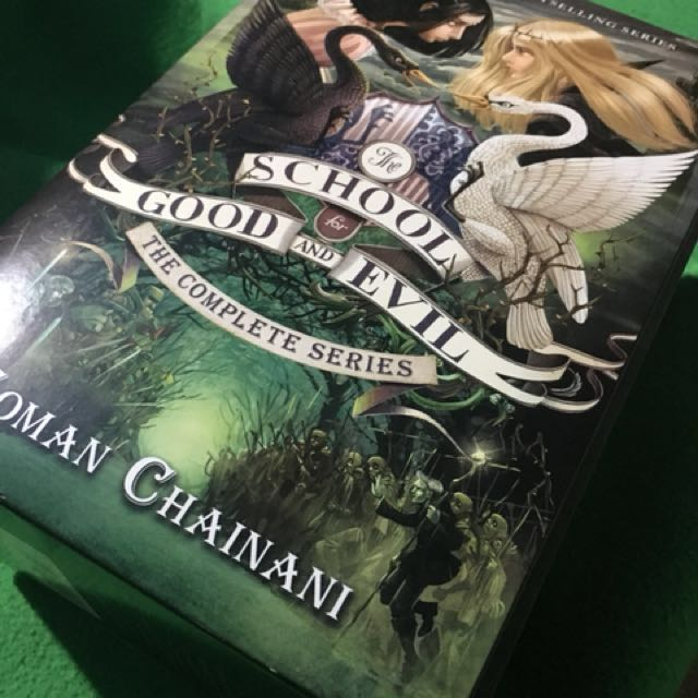 School for Good and Evil Box set (book 1 to 3)