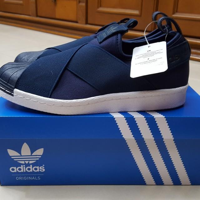 Sepatu ADIDAS ORIGINAL NEW !