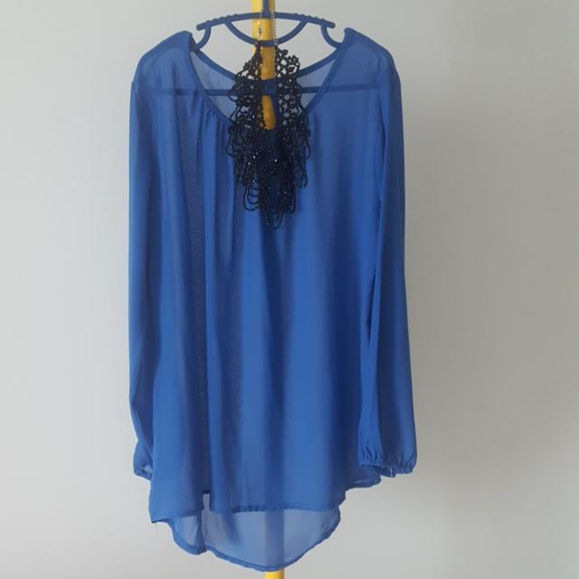 Sheer Gorgeous Bluse Flowy  Blouse Free Size