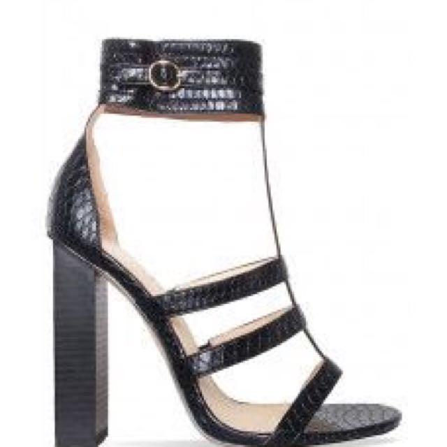 Simmi Heels
