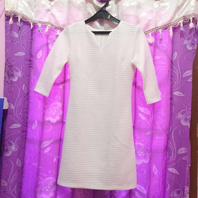 Surfer girl casual white dress