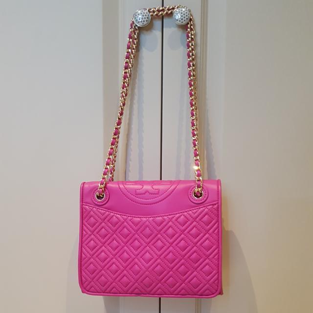 Tas Bahu Shoulder Bag / Tas Selempang Sling Bag Tory Burch ORI (with Dustbag), PINK FUSCHIA