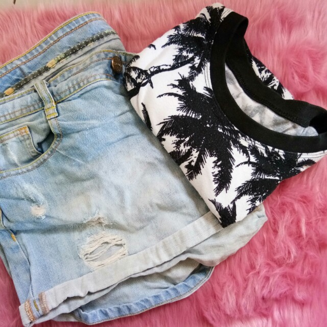 TOP AND SHORTS BUNDLE