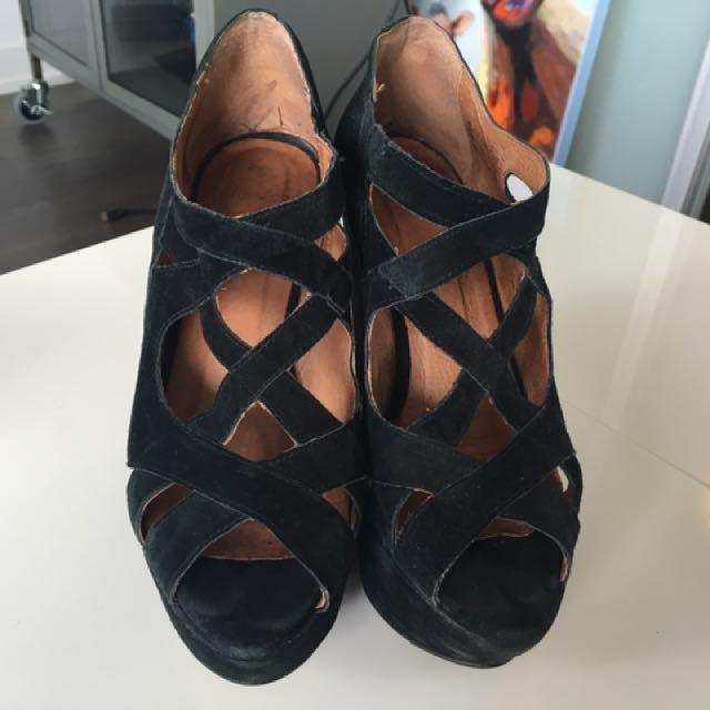 Top shop wedge criss cross black suede heels size 6