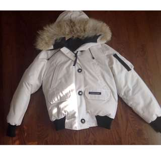CANADA GOOSE White Bomber Jacket Size Medium Women's