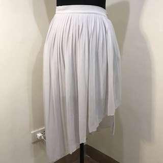 🖤Zara assymetrical pleated skirt