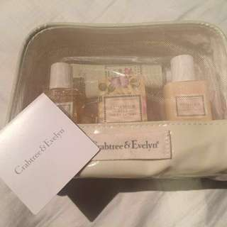 Crabtree & Evelyn (Summer Hill gift set)