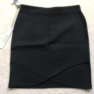 Aritzia Talula Black Skirt