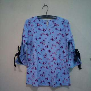 Flower Blouse With Ribbon