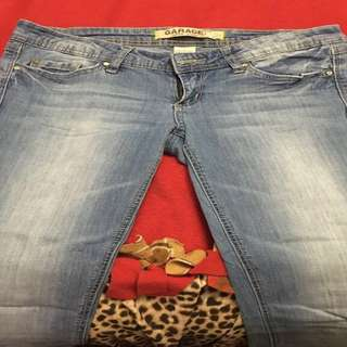 Womens Garage clothing  jeans size 5