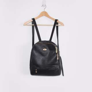 VALOJUSHA backpack in black