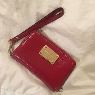 Michael Kors Wristlet (authentic) *REDUCED