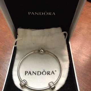 Pandora Bangle 16in + 2 clip charms
