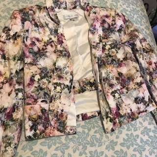 Forever new  Floral blaizer size 8