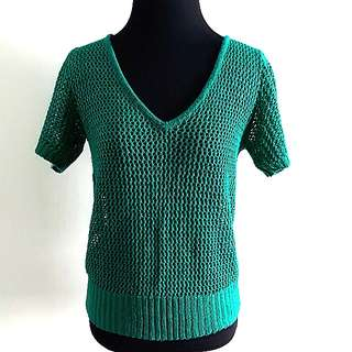 Knitted emerald green top