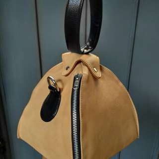 Givee Nude Mini Sling Bag