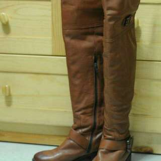 皮長靴 好新 著過兩次 原價 $1980