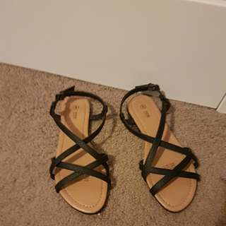 Target shoes size 6 brand new