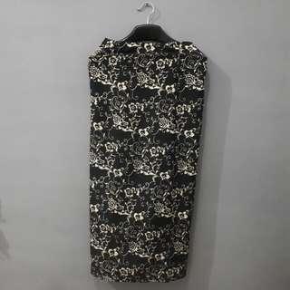 Black Floral Longskirt