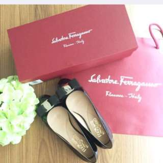 Authentic Salvatore Ferragamo Varina