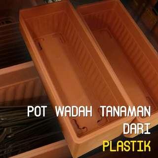 Pot Tanaman Panjang Murah Bahan Plastik Plestonik Dari Jepang. Ringan Dan Tidak Muda Pecah