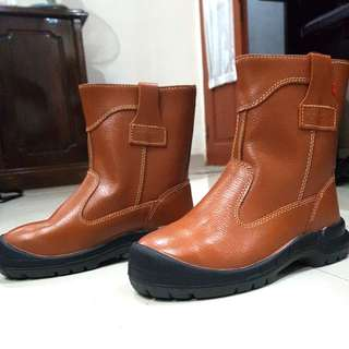 SALE: Safety shoes king's leather (sepatu APD kulit)