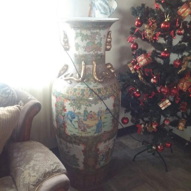 4.5ft chinese vase