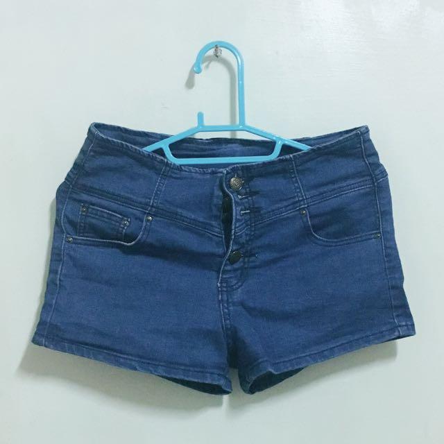 深藍色四排扣牛仔短褲