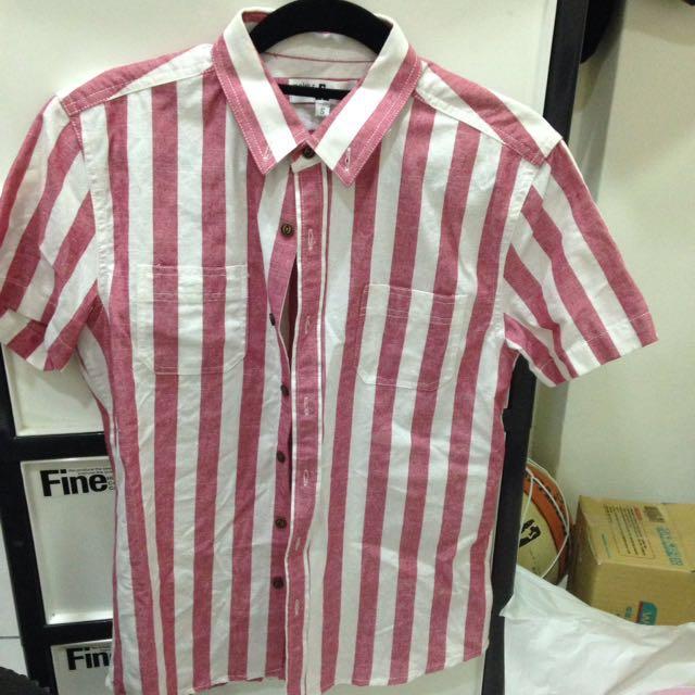 直條紋短袖襯衫