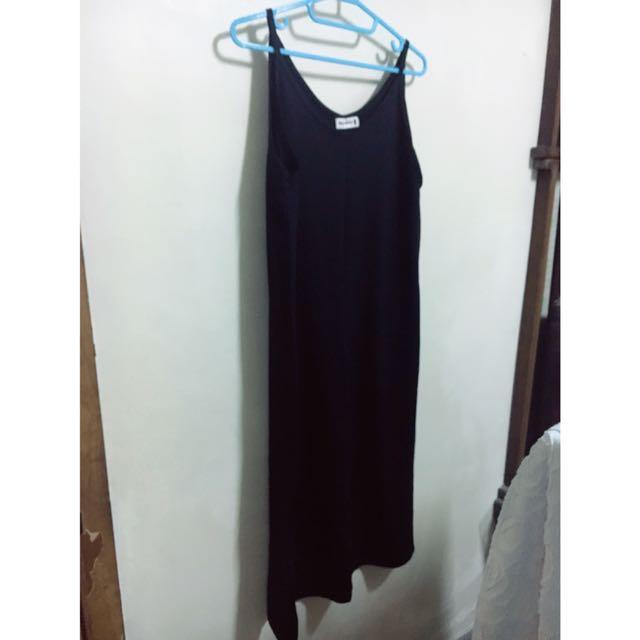 黑色吊帶連身長裙