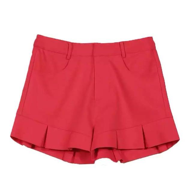 全新歐美時尚正紅色特殊造型拼接荷葉邊百摺A字褲裙短褲