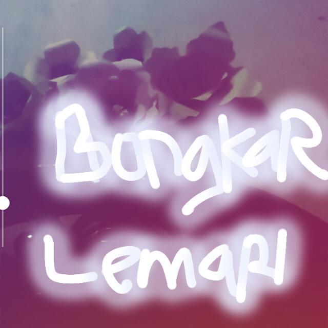 Bongkar Lemari