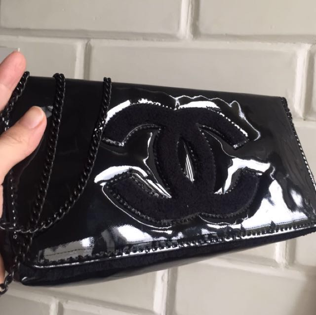 Chanel clutch patent authentic