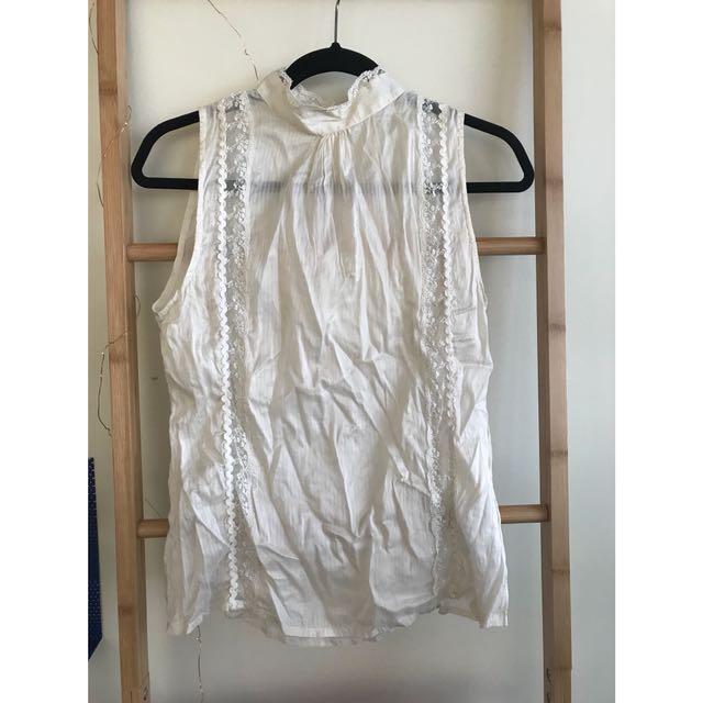 Decjuba 100% silk top with lace