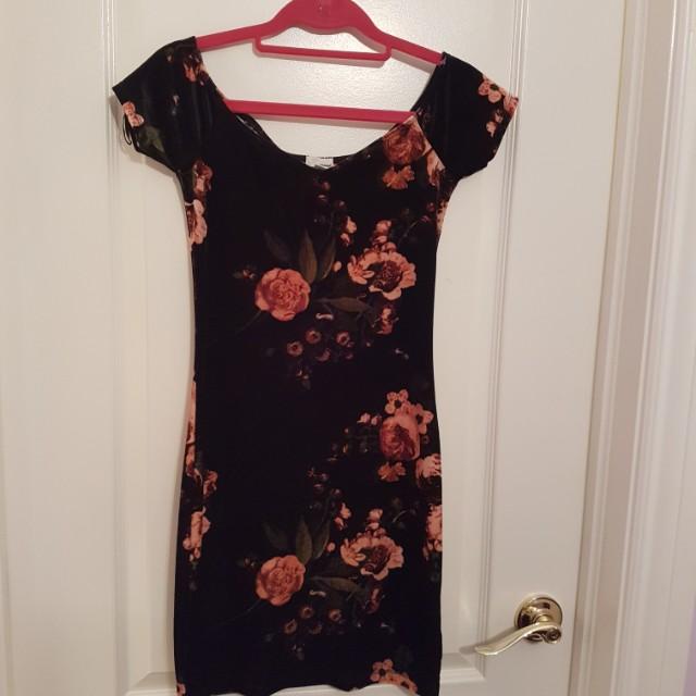 Garage Velvet Floral Print Off the Shoulder Dress