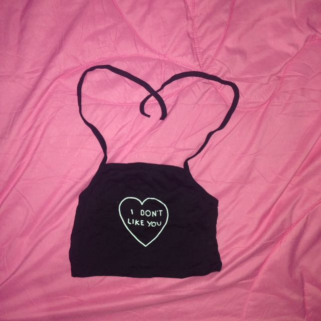 HALTER NECK TUMBLR TOP