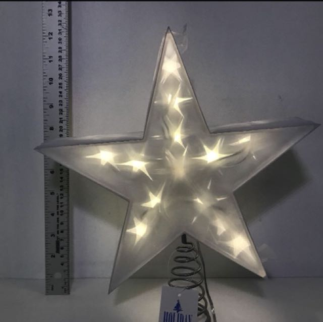 "HOLIDAY MEMORIES 12"" TWINKLING LED STAR TREE TOPPER"